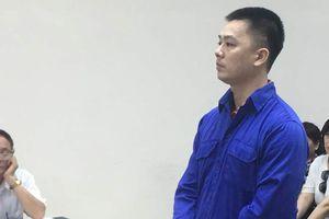 Cựu cán bộ ngân hàng lĩnh án 2 năm tù vì dâm ô bé gái 8 tuổi
