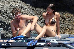 Leonardo DiCaprio lộ thân hình xồ xề khi đi lặn biển cùng bạn gái