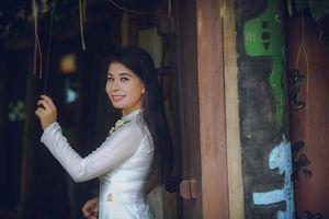 Học trò Đàm Vĩnh Hưng khoe sắc với áo dài trong MV mới 'Mơ quê'