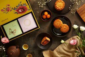 Sheraton Sài Gòn ra mắt BST bánh Trung thu truyền thống, làm thủ công