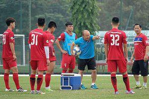 Park Hang Seo không phải 'cây đũa thần', bóng đá Việt cần tự lực 