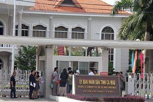 Vợ Chủ tịch tỉnh Cà Mau cùng đi dự hội chợ nước ngoài