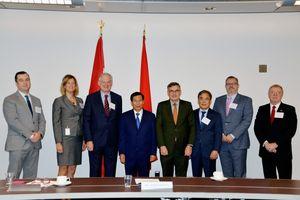 Bộ trưởng Nguyễn Ngọc Thiện tham dự Hội thảo 'Cơ hội đầu tư và kinh doanh mới tại Việt Nam' tại Canada