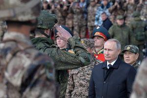 Tổng thống Putin xuất hiện tại cuộc tập trận quân sự Vostok-2018