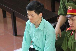 Vụ chạy thận khiến 9 người tử vong: Bác sĩ Hoàng Công Lương bị buộc tội 'Vô ý làm chết người'