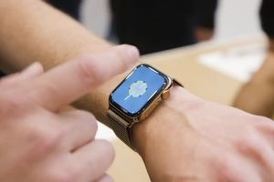 Trải nghiệm Apple Watch Series 4 trên tay