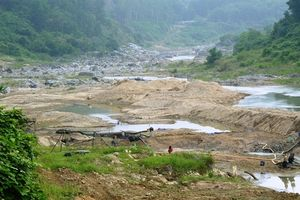Đà Nẵng đòi trả nước hạ du, thủy điện kêu khó