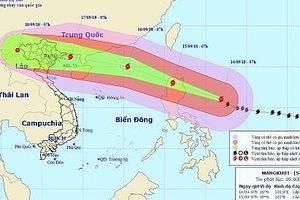 Siêu bão Mangkhut giật cấp 17 hướng vào Việt Nam