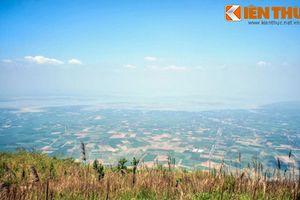 Cảnh đẹp ngất ngây nhìn từ đỉnh núi Bà Đen cao nhất Nam Bộ