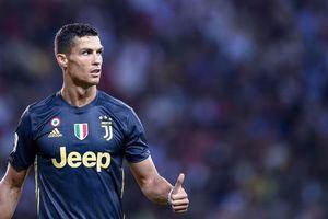 Juventus vs Sassuolo: 'Đại pháo' Ronaldo thông nòng?