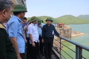 Phó Thủ tướng Trịnh Đình Dũng yêu cầu Quảng Ninh chủ động ứng phó bão số 6