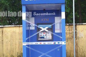 Bị 'nuốt' thẻ, nam thanh niên ở Phú Quốc đập hỏng máy ATM