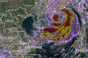 Bão số 6 đang di chuyển nhanh vào đất liền Trung Quốc