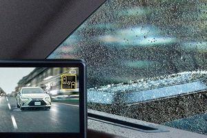 Xem công nghệ khiến gương chiếu hậu 'mất hút' trên xe Lexus