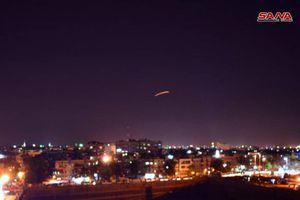 Israel bất ngờ nã tên lửa vào sân bay Damascus, Syria?