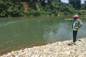 Hà Tĩnh: Cậu học trò đuối nước thương tâm ở sông Tiêm vì đi bắt dế