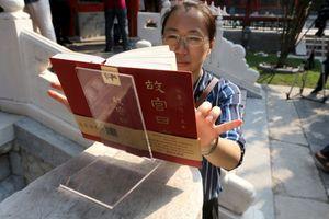 Cách người Trung Quốc làm lịch Hoàng cung gây sốt thị trường