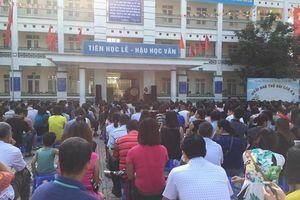 Trường Tiểu học đông học sinh nhất Thủ đô: Phụ huynh kiến nghị quay lại lịch học luân phiên