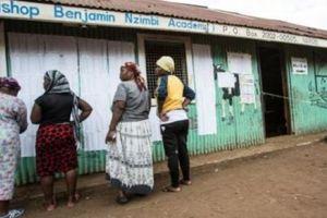 Thiếu nữ bị ép quan hệ tình dục để đổi lấy băng vệ sinh ở Kenya