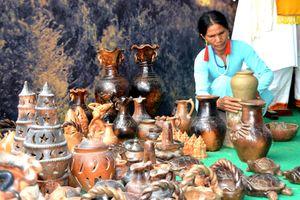 Sắc màu văn hóa các dân tộc miền Trung
