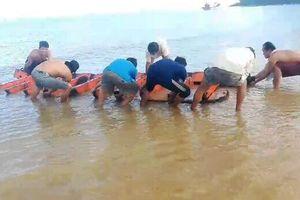Nhóm khách Thái Bình gặp tai nạn chìm đò ở Vũng Tàu, 1 người tử vong