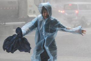 Hồng Kông và phía Nam Trung Quốc hoang tàn sau siêu bão