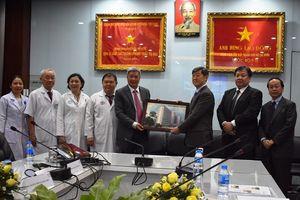 Bộ Y tế chịu trách nhiệm lựa chọn nhà thầu nâng cấp trang thiết bị y tế cho Trung tâm Ung bướu Chợ Rẫy