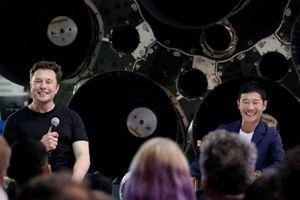 SpaceX chn t phú Nht Bn cho chuyn du lch vòng quanh mt trng u tiên