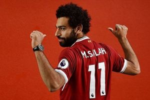 Liverpool - PSG: Hai hàng công 'khng'  sc, ch Salah 'khai ha'