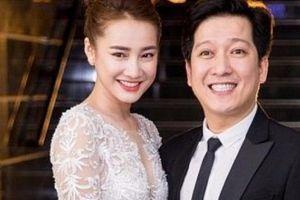 Trước đám cưới hai tuần, fan bắt gặp Trường Giang – Nhã Phương rủ nhau đi du lịch