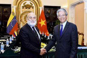 Phiên Tham khảo chính trị cấp Thứ trưởng giữa Bộ Ngoại giao Việt Nam - Bô-li-va Vê-nê-xu-ê-la
