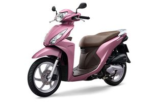 Honda Vision và Wave Alpha tip tc 'phá o' th trng xe máy