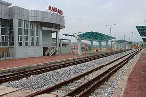 Đổi hướng đường sắt đến cảng Lạch Huyện, chốt cho xong, chưa làm đã thấy lãng phí