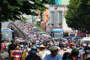 Đề xuất cấm xe máy ở những đường nào tại Sài Gòn?