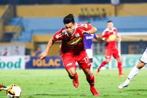 Văn Thanh chấn thương, bỏ lỡ cuộc đối đầu với CLB Hà Nội