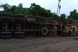 Tai nạn giao thông, tắc đường trên tuyến đường tránh Quốc lộ 70 từ Yên Bái lên Lào Cai