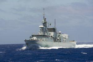Tàu chiến Canada thăm Đà Nẵng, tập trận với hải quân VN