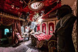 Nhật Bản khác lạ, hoang tàn dưới ống kính nhiếp ảnh gia Pháp