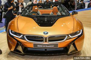 Siêu xe BMW i8 Roadster đầu tiên cập bến Malaysia
