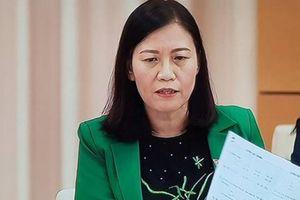 Chủ nhiệm Lê Thị Nga cầm SGK ra cuộc họp hỏi Bộ GD-ĐT có độc quyền?