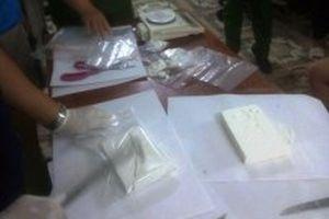 Bắt kế toán Phòng GD-ĐT vận chuyển hơn 3,5kg heroin
