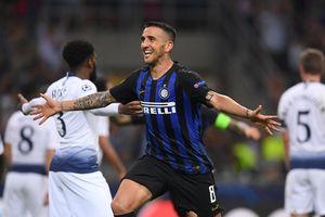 Champions League: Inter khải hoàn muộn, Napoli hòa thất vọng