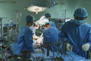 Bệnh viện Đa khoa Trung ương Cần Thơ mổ thành công nhiều ca u tim hiếm gặp