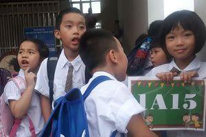 Hà Nội xin cơ chế riêng giải 'bài toán' trường học 'thất thủ'