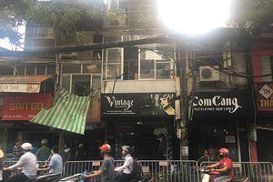 Hai ngày sau vụ cháy ở La Thành: Một ngôi nhà bốc khói nghi ngút