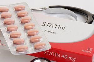 Thuc statin 'vô dng' trong iu tr h m máu và có th gây mt trí nh