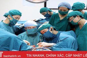 3 bác sỹ người Pháp đến Hà Tĩnh khám chữa bệnh dịp cuối năm