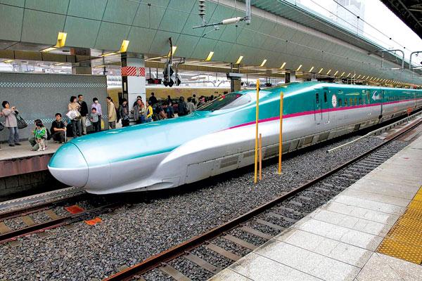 Đường sắt tốc độ cao cạnh tranh sòng phẳng với hàng không, đường bộ