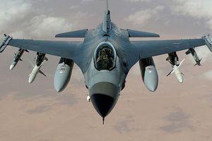 10 máy bay tiêm kích và cường kích thuộc diện hàng đầu thế giới