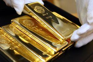 Giá vàng hôm nay 19/9: Mỹ mạnh tay với Trung Quốc, giá vàng không thể vực dậy